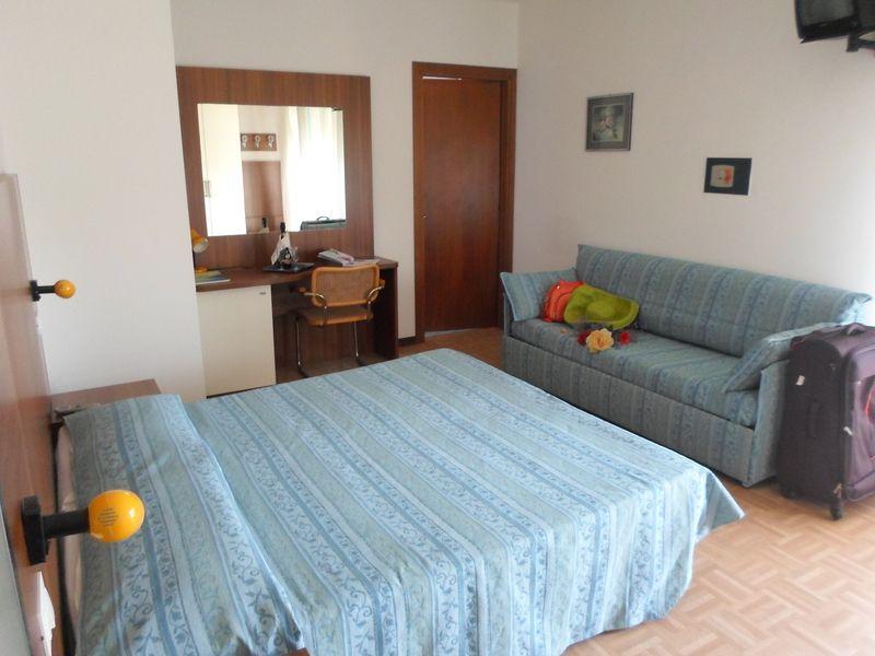 Bagno Con Doccia Aperta : Camera per disabili hotel aspe